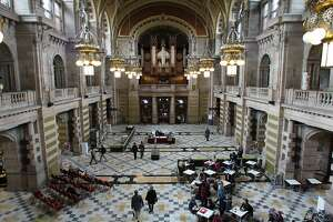 The Centre Hall of the Kelvingrove Art Gallery and Museum in Glasgow, Scotland.