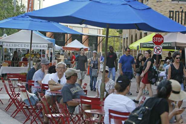 Farmers market fans will soon have another venue to browse with the March 1 launch of The Pearl's First Thursday Night Market.
