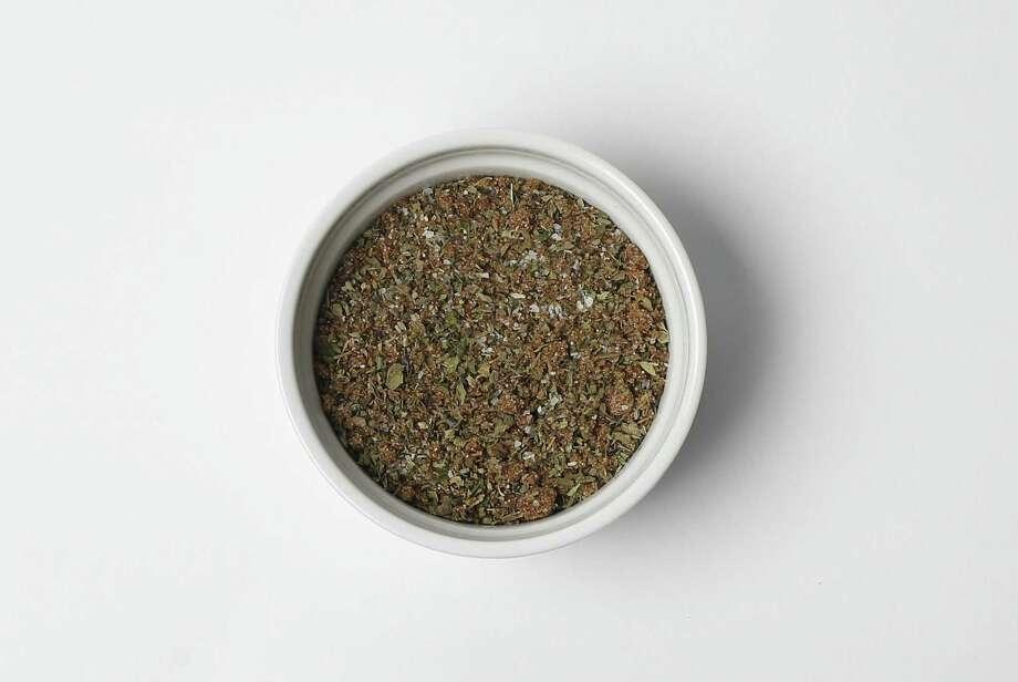 Forget the grocery aisles of Italian seasoning, the DIY Italian Seasoning Rub requires equal parts of brown sugar, sea salt, oregano, basil and parsley. Photo: Kin Man Hui /San Antonio Express-News / ©2017 San Antonio Express-News