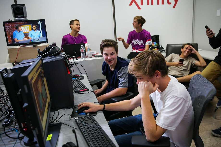 E-sports competitors wait in the warm-up room before competing in a televised regional e-sports video game tournament at NBC studios in San Francisco. Photo: Gabrielle Lurie, The Chronicle