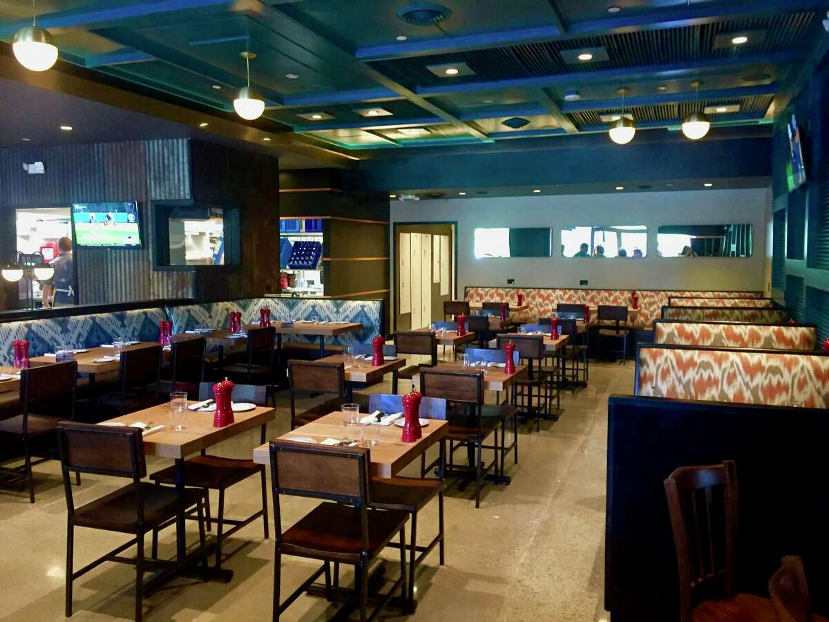 Fielding's Rooser is a new casual restaurant in the Woodlands offering a menu of reinterpreted chicken recipes from the owners of Fielding's Wood Grill and Fielding's Local Kitchen & Bar. Shown: Interior.