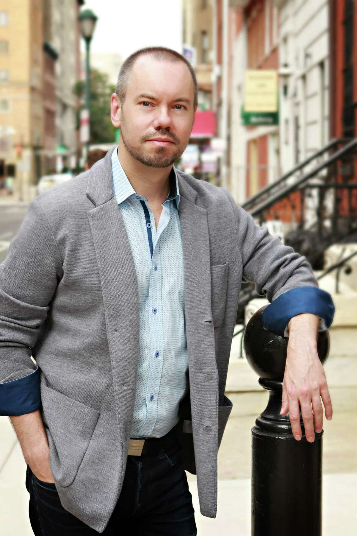 Dan Knechtges has joined Theatre Under the Stars as its new artistic director.