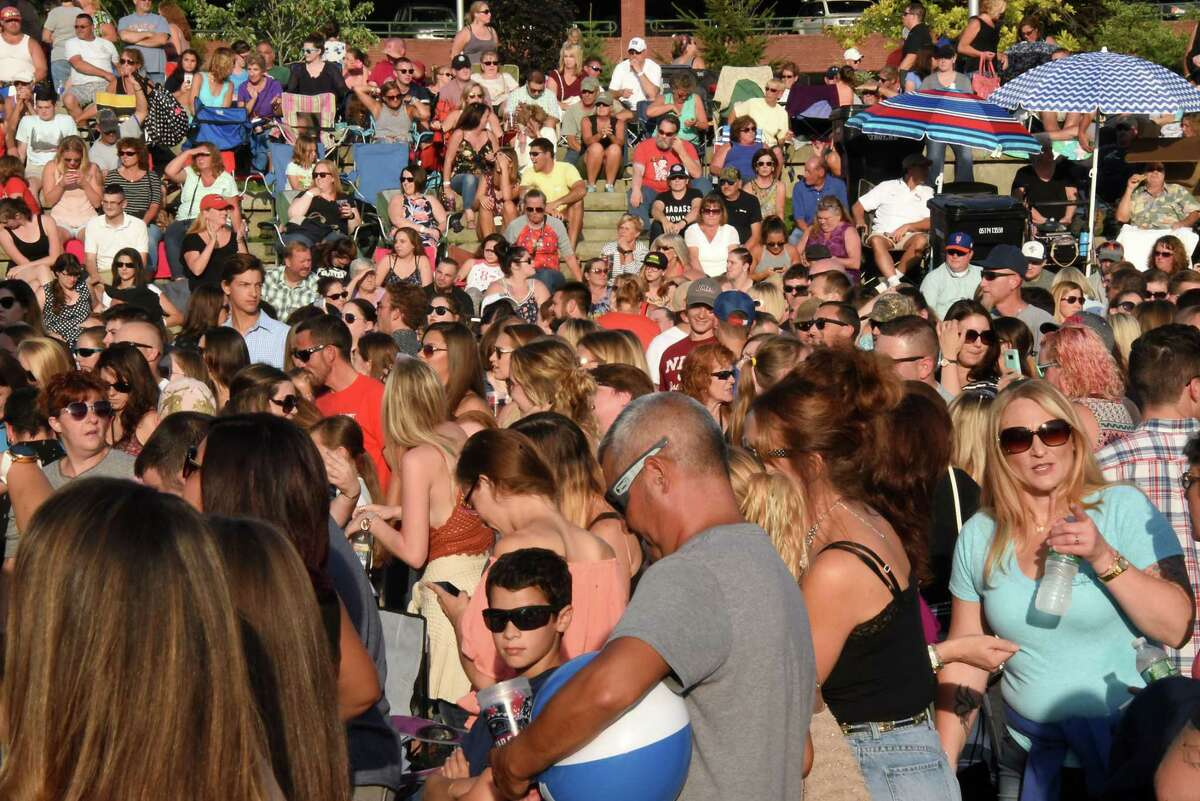 Fans fill Riverfront Park for the New York-Penn League All-Star Game Fan Fest featuring bands link Skeeter Creek and the Eli Young Band at Riverfront Park on Monday, Aug. 14, 2017 in Troy, N.Y. (Lori Van Buren / Times Union)