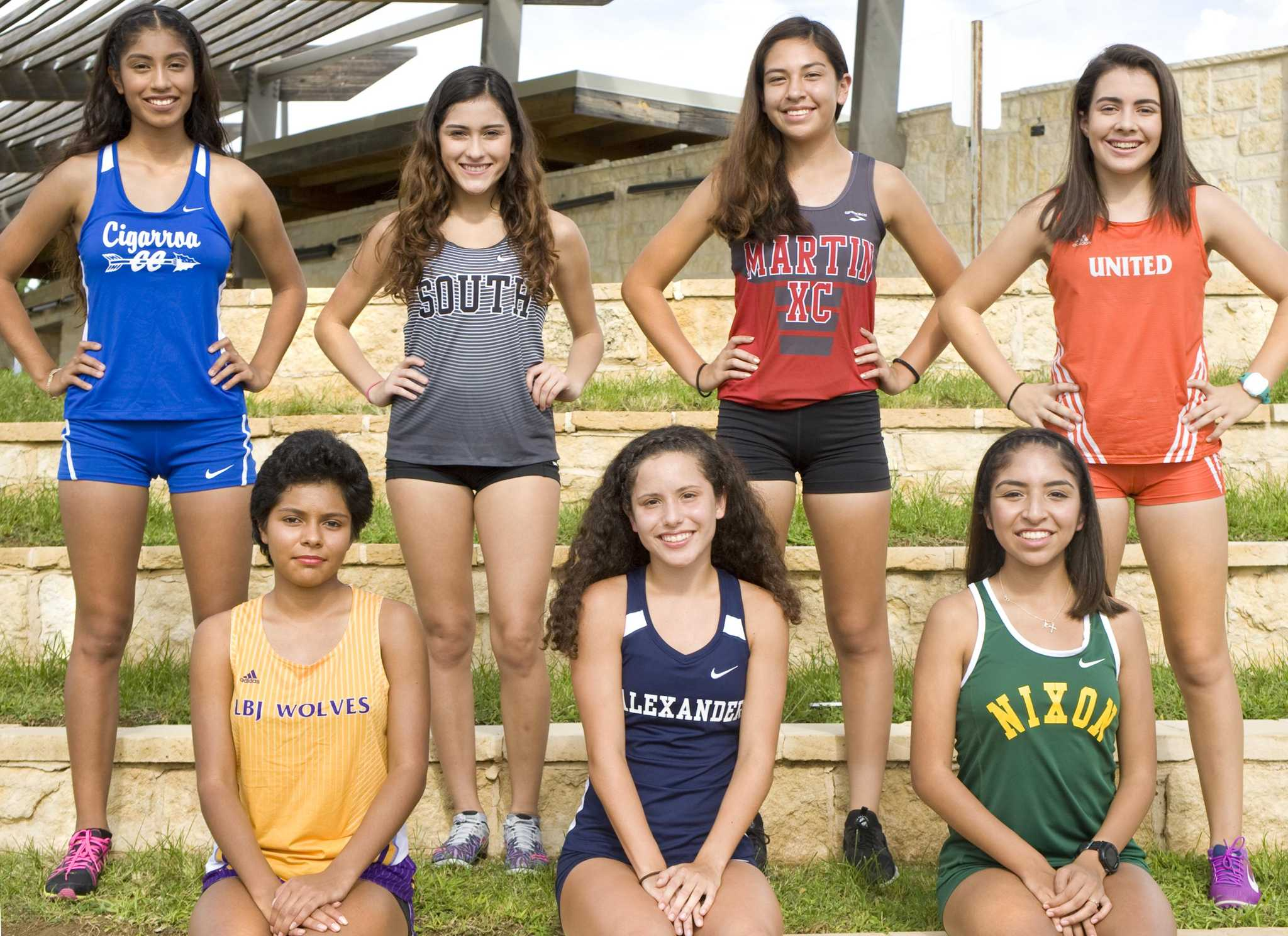 Gotta Run Summit H S Girls Cross Country Takes Strides