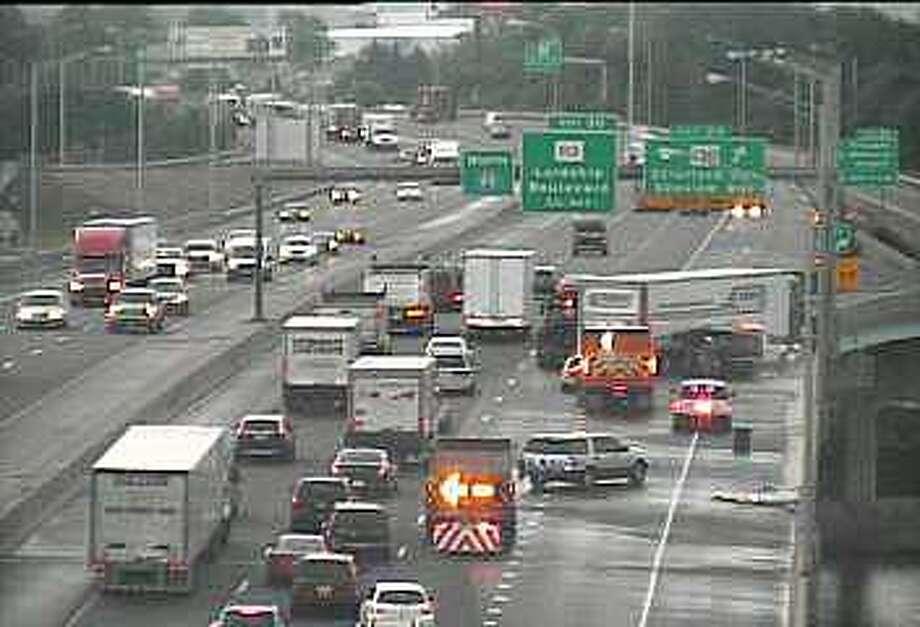 Lanes reopen after crashes on Merritt, I-95 - New Haven Register