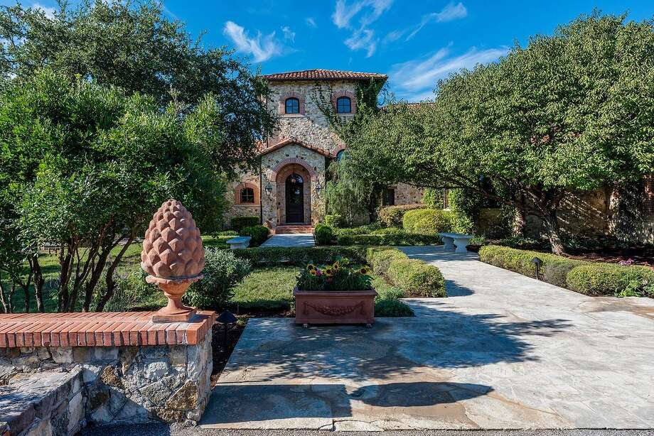 Villa Antichità, a 323-acre estate in Driftwood owned by Carrabba's co-founder Damian Mandola, is on the market at $12 million. The compound includes a 8,721-square-foot mansion, two guest houses, an underground wine cellar and more. Photo: Courtesy, The Alonso Group At Keller Williams Luxury Homes International