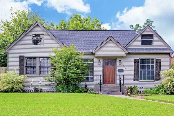Northside:  810 Gale Street     List price : $299,000 / 1,195 square feet