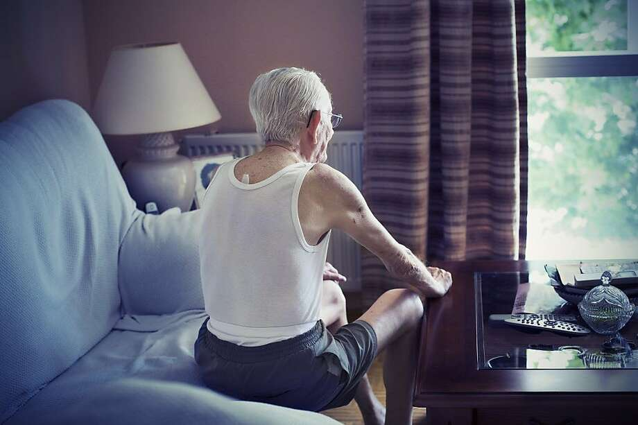 A 91 year-old is feeling like they have no one to talk with. Photo: Alessia Pederzoli, Getty Images
