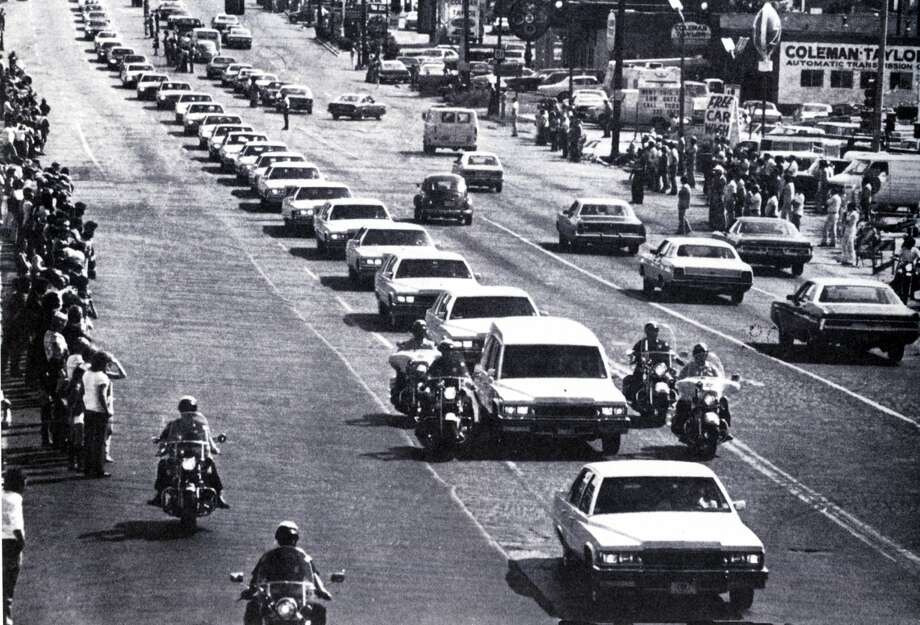 Elvis Presley's funeral cortege in Memphis. Photo: GAB Archive/Redferns