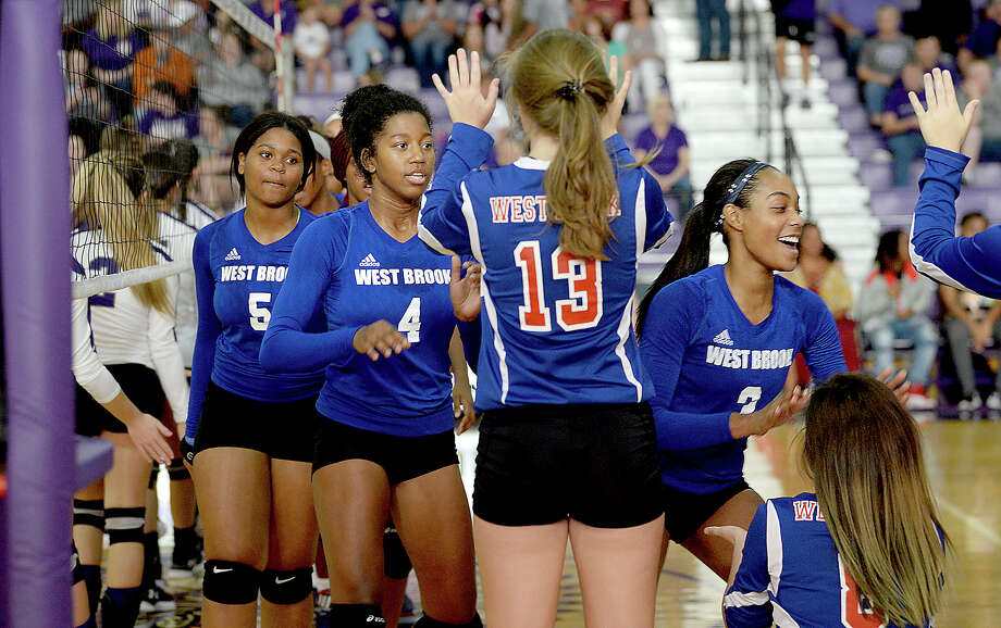 West Brook's varsity pumps up as they take the court to face Port Neches - Groves during their non-district match-up Tuesday in Port Neches. Photo taken Tuesday, August 15, 2017 Kim Brent/The Enterprise Photo: Kim Brent / BEN