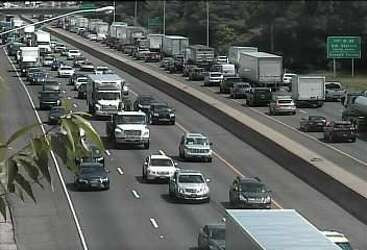 Pair of accidents bring I-95 to a crawl - New Haven Register