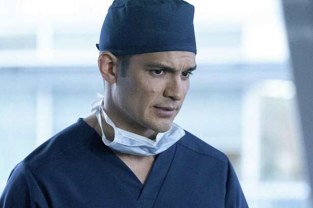 """San Antonio native and Central Catholic High grad Nicholas Gonzalez sizzles and seethes as arrogant surgeon Dr. Neil Melendez in """"The Good Doctor,"""" which bows on ABC Sept. 25."""