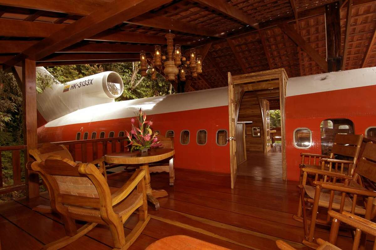 The deck and entrance to the airplane. (Hotel Costa Verde)