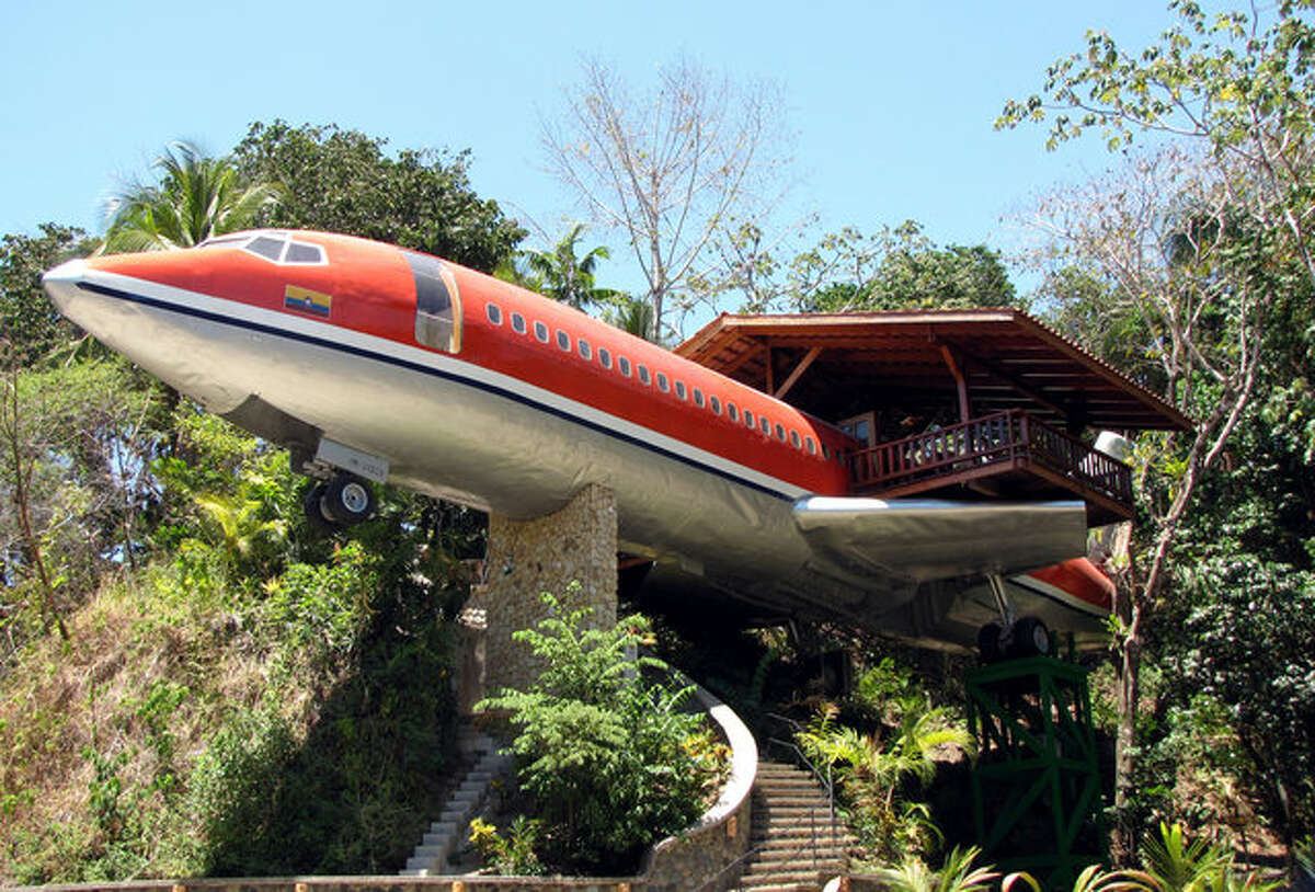 The entrance to the Hotel Costa Verde's refurbished Boeing 727 suite. (Hotel Costa Verde)