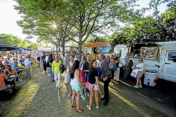 Food trucks serve patrons at a previous Connecticut Open.