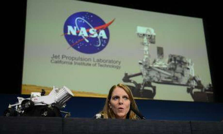 Mars Science Laboratory mission director Jennifer Trosper speaks at a press conference at NASA's Jet Propulsion Laboratory in Pasadena, California, on August 6, 2012. Photo: AFP/Getty Images / 2012 AFP