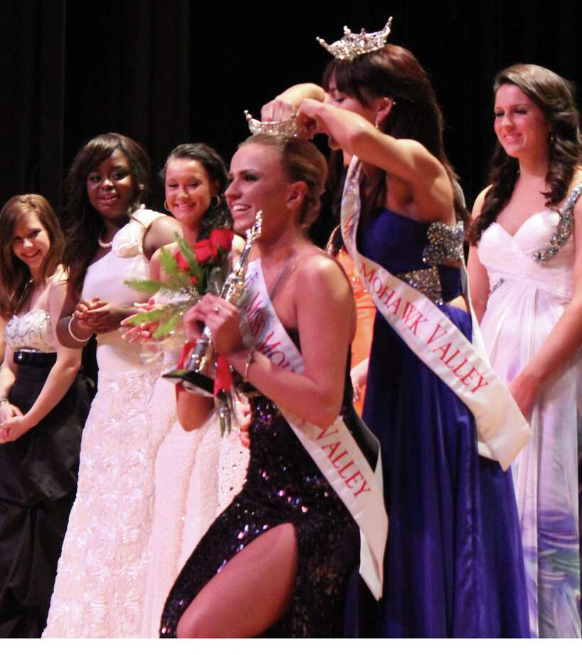 Last year's Miss Mohawk Valley Courtney Sheridan crowns Amanda Abdagic at the pageant held March 16 at VVS.
