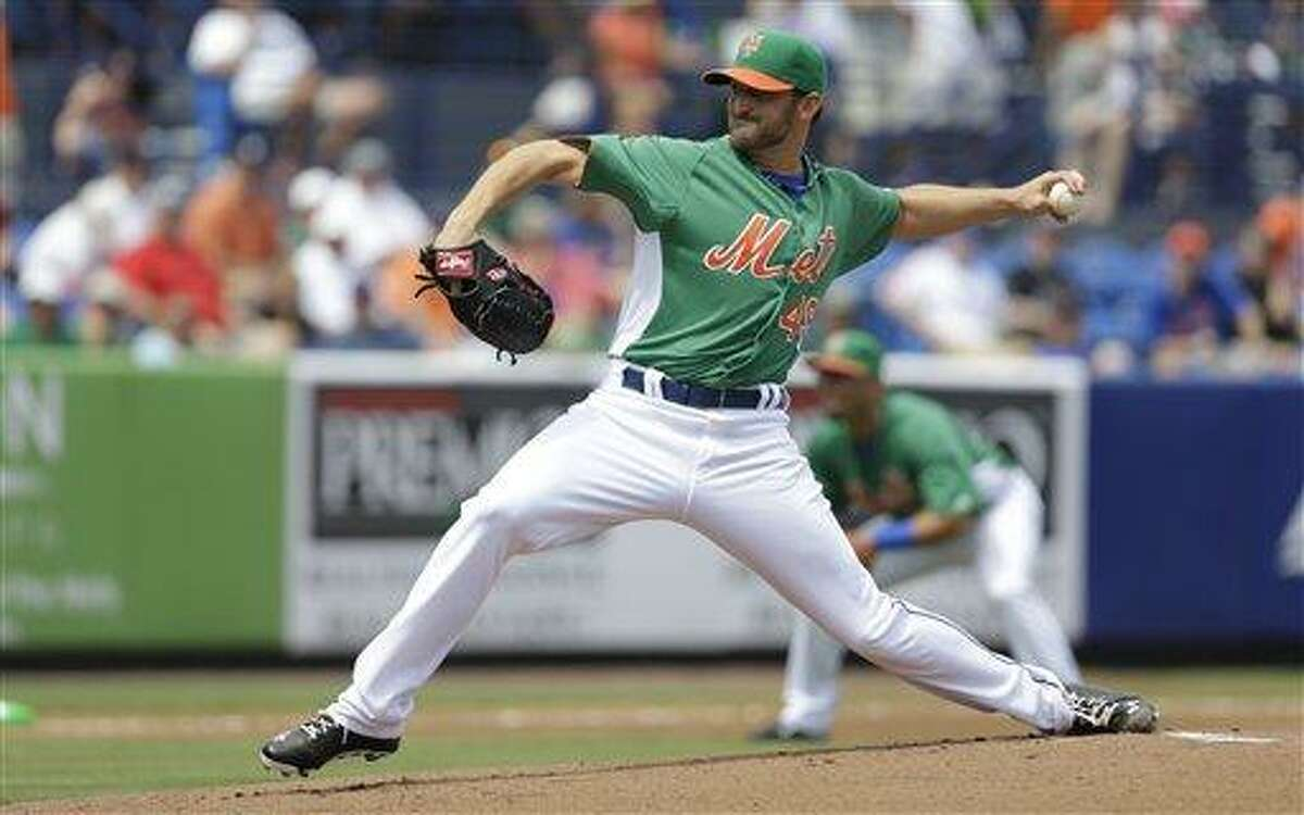 New York Mets starting pitcher Jonathon Niese throws during the first inning of an exhibition spring training baseball game against the Atlanta Braves, Sunday, March 17, 2013, in Port St. Lucie, Fla. (AP Photo/Jeff Roberson)
