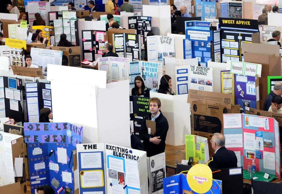The 2013 Connecticut Science & Engineering Fair at Quinnipiac University Thursday March 14, 2013 for 150 high school finalists who are presenting their science competition projects to judges. Photo by Peter Hvizdak / New Haven Register