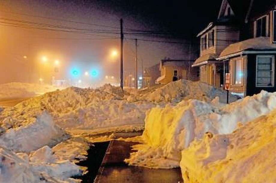 Catherine Avalone/The Middletown Press Main Street in Portland early Monday evening. / TheMiddletownPress
