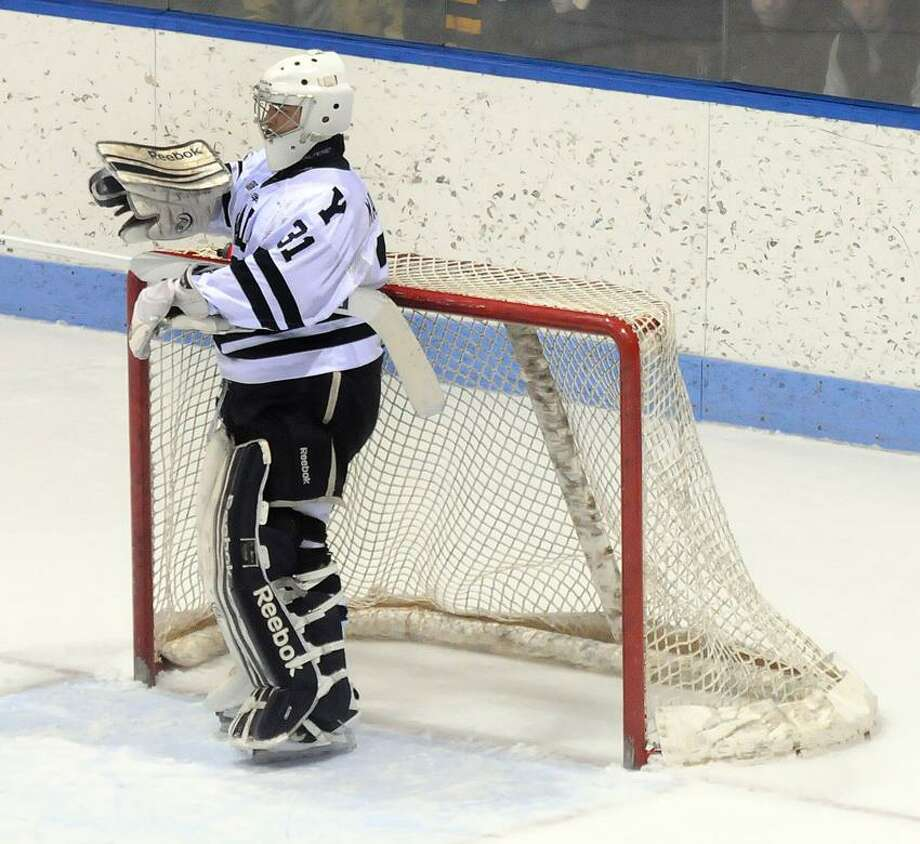 Yale goalie Nick Maricic. (Mara Lavitt/New Haven Register file photo)
