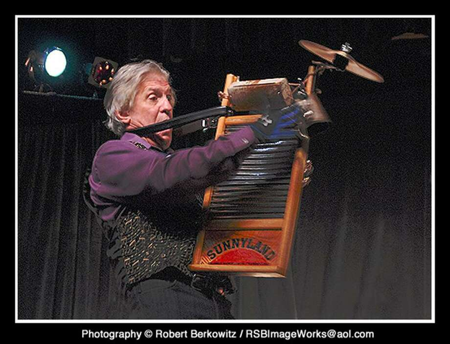 Robert Berkowitz photo: Washboard Slim & the Bluelights join the fray Saturday in Hamden.