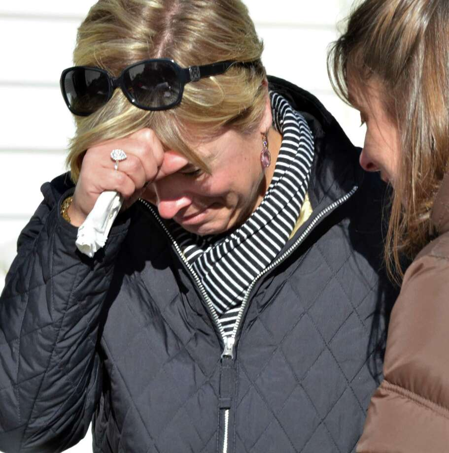 Outside the Sandy Hook School in Newtown, shooting aftermath.  Melanie Stenge/New Haven Register12/14/12