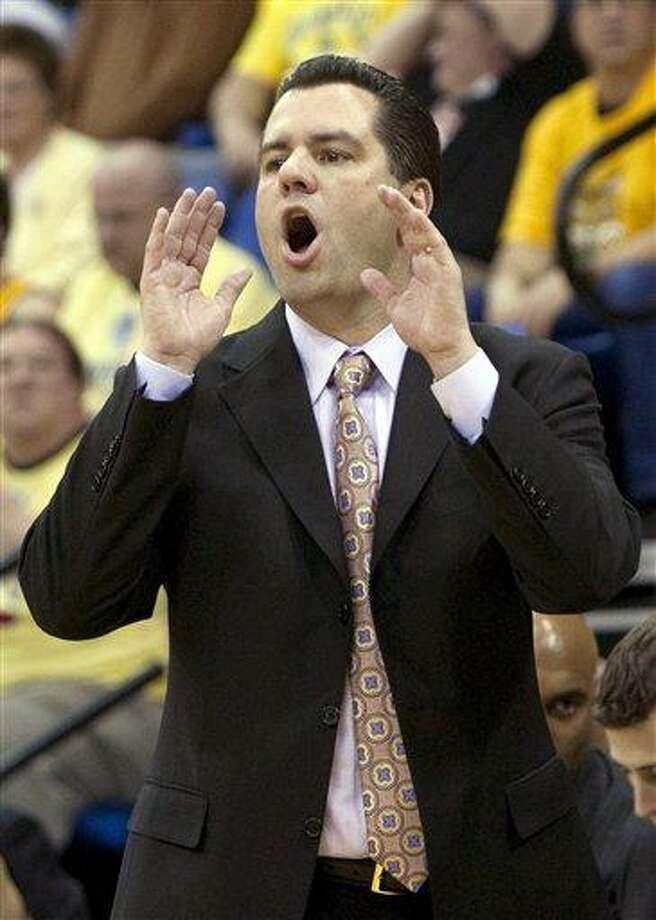 Quinnipiac head coach Tom Moore. (AP File Photo/Thomas Cain) Photo: ASSOCIATED PRESS / AP2010