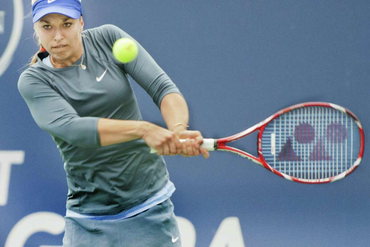 Sabine Lisicki on her way to defeating Kristina Mladenovic in straight sets at the New Haven Open. (Melanie Stengel -- Register)
