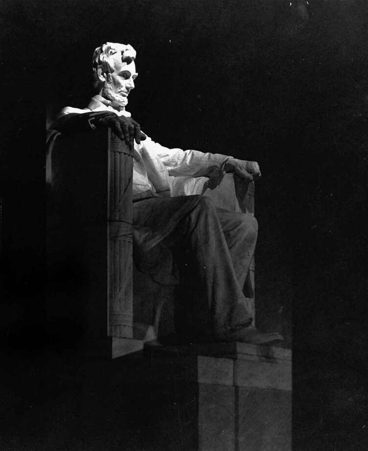 This is an undated photo of the Lincoln Memorial in Washington D.C. (AP Photo) Photo: ASSOCIATED PRESS