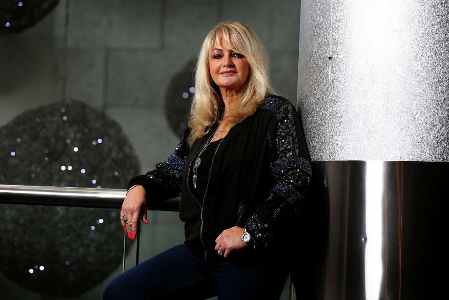 Singer Bonnie Tyler poses during a photo shoot on the Gold Coast, Queensland. Photo: Newspix/Newspix Via Getty Images