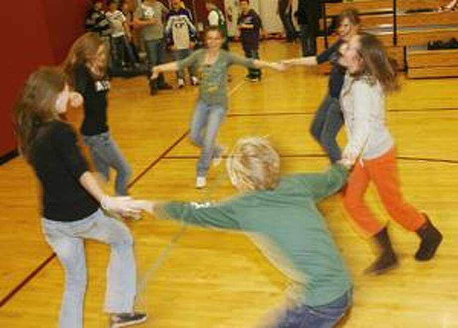 Dispatch Staff Photo by JOHN HAEGER SVCS students dance during the SVCS Lock In on Friday.