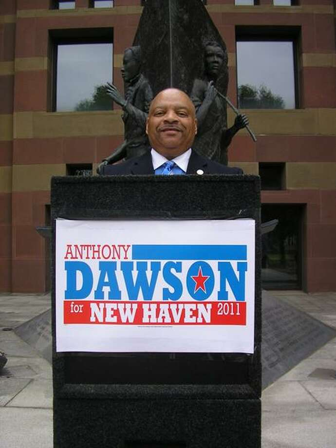 Former New Haven Alderman Anthony Dawson kicks off his mayoral campaign on the steps of City Hall Saturday.