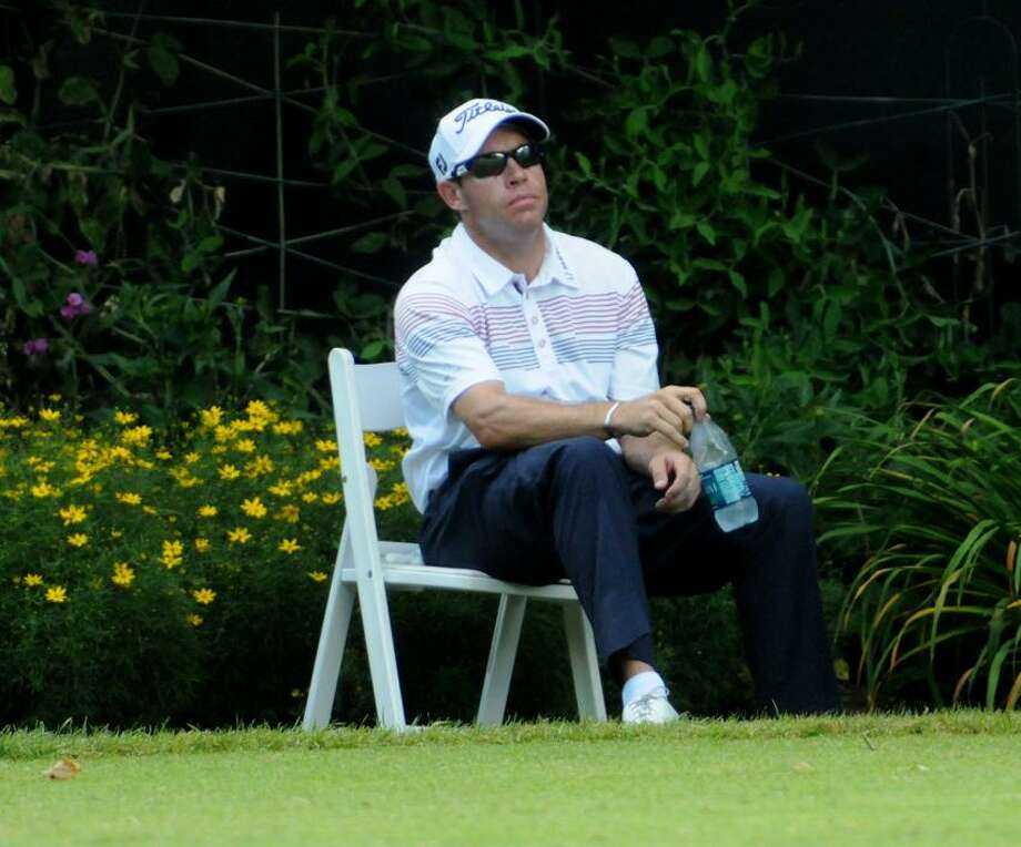Brian Davis relaxes before he tees off on the 10th hole during Third round of the 2012 Travelers Championship golf tournament at the TPC River Highlands in Cromwell, Connecticut  6/23/12. Photograph by Peter Hvizdak  / New Haven Register Photo: New Haven Register / ©Peter Hvizdak /  New Haven Register
