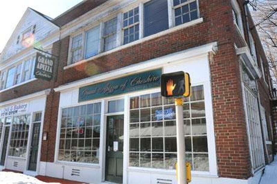 A fire occurred in the pizza oven ventilation at Grand Apizza of Cheshire. (Mara Lavitt/New Haven Register)