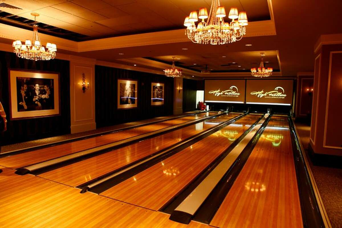 Foxwoods photo: Bowlers can roll well past midnight in Foxwoods' High Rollers Luxury Lanes.