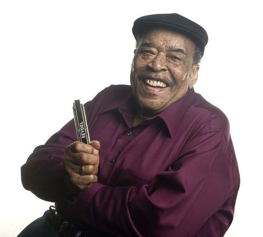 """Paul Natkin photo: James Cotton tours the Northeast with his latest CD, """"Giant."""" / Paul Natkin / Photo Reserve"""