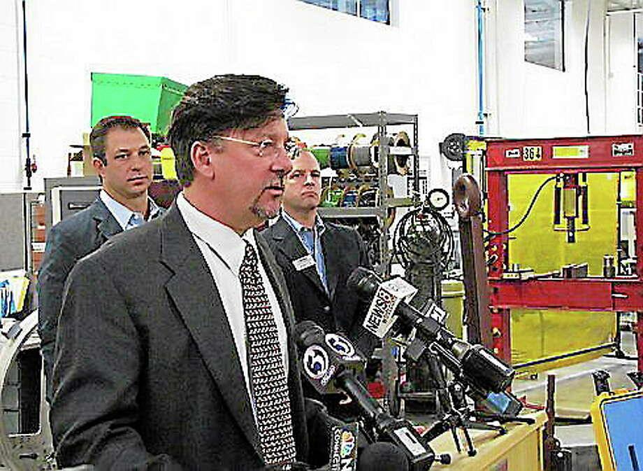 Steve Lanza, editor of UConn's quarterly state economic report. Hugh McQuaid/CT NewsJunkie Photo: Journal Register Co.