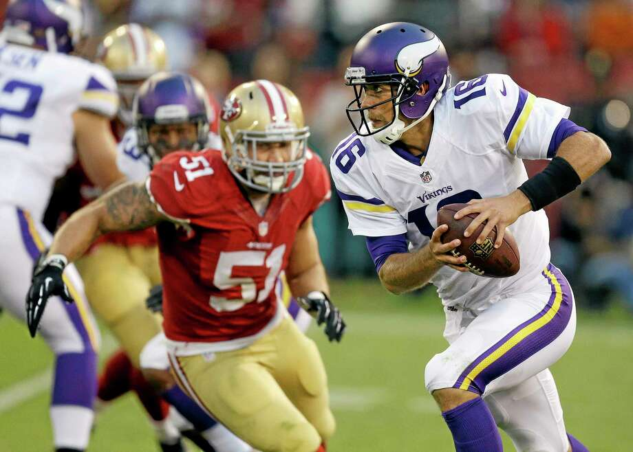 Vikings quarterback Matt Cassel, shown here in a preseason game against the 49ers, will get the start Sunday in London when Minnesota faces the Steelers. Photo: Ben Margot — The Associated Press  / AP