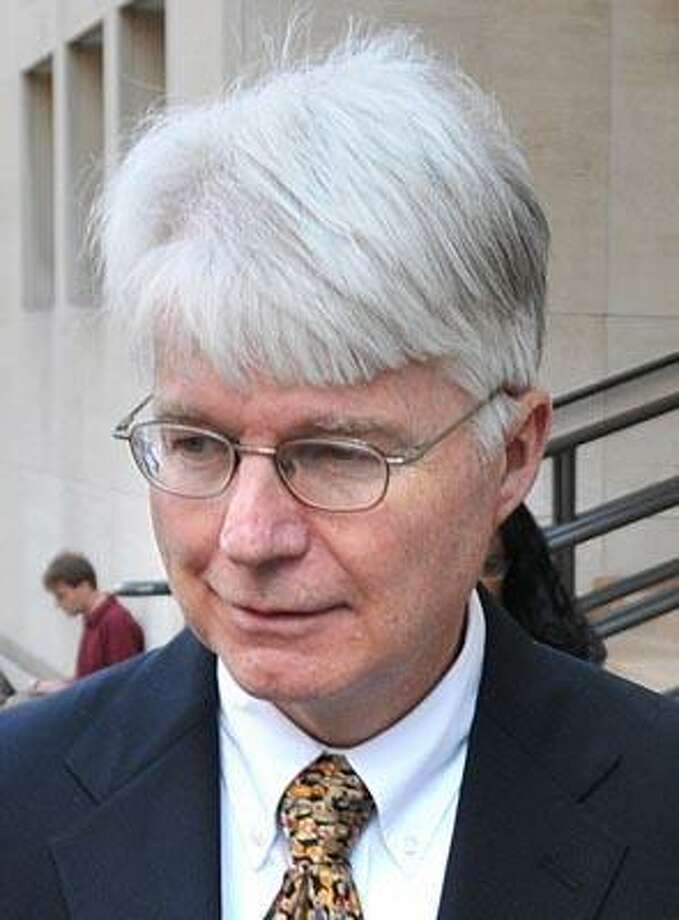 Peter Casolino  9/23/10 Judge Jon C. Blue leaves New Haven Superior Court during the lunch recess during the Hayes trial.  Photo/Peter Casolino
