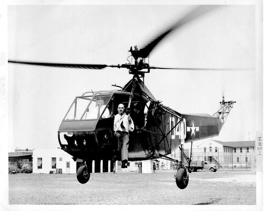 Igor Sikorsky and the world's first mass-produced helicopter, the Sikorsky R-4, 1944