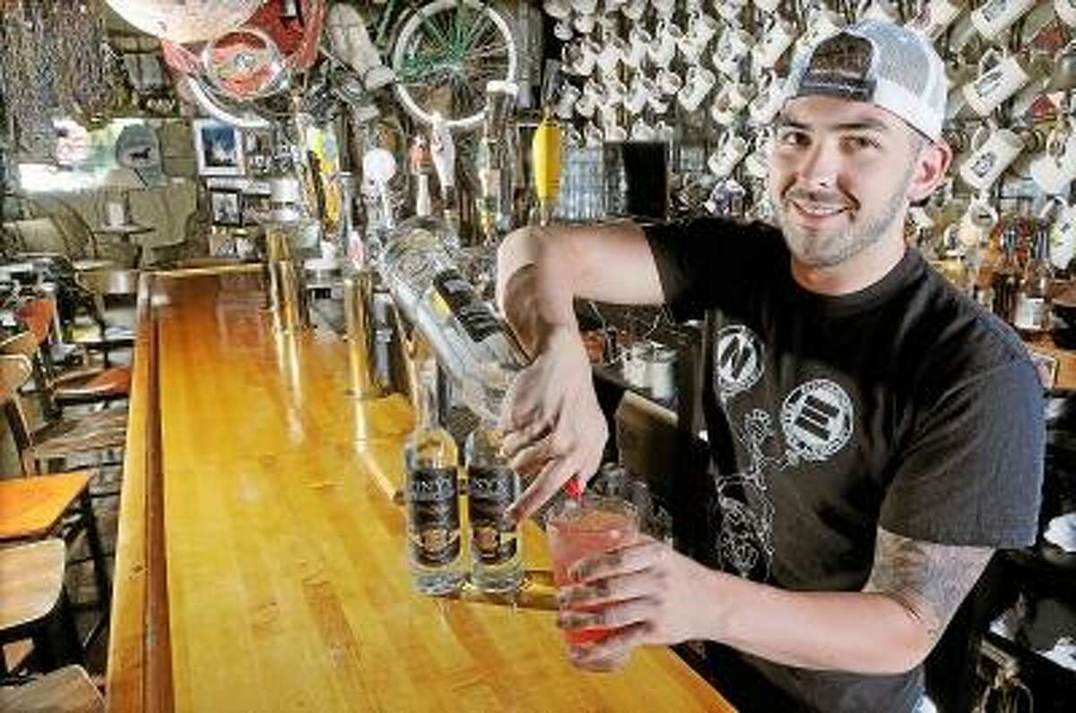 Eli Cannon's Tap Room, Middletown