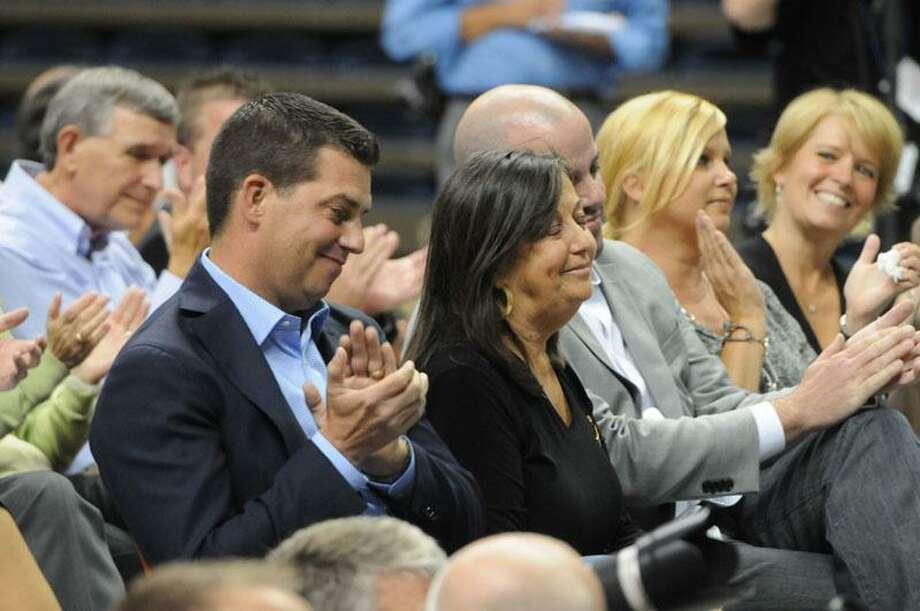 UConn men's basketball coach Jim Calhoun's son and wife at the press conference Thursday. Peter Hvizdak/Register