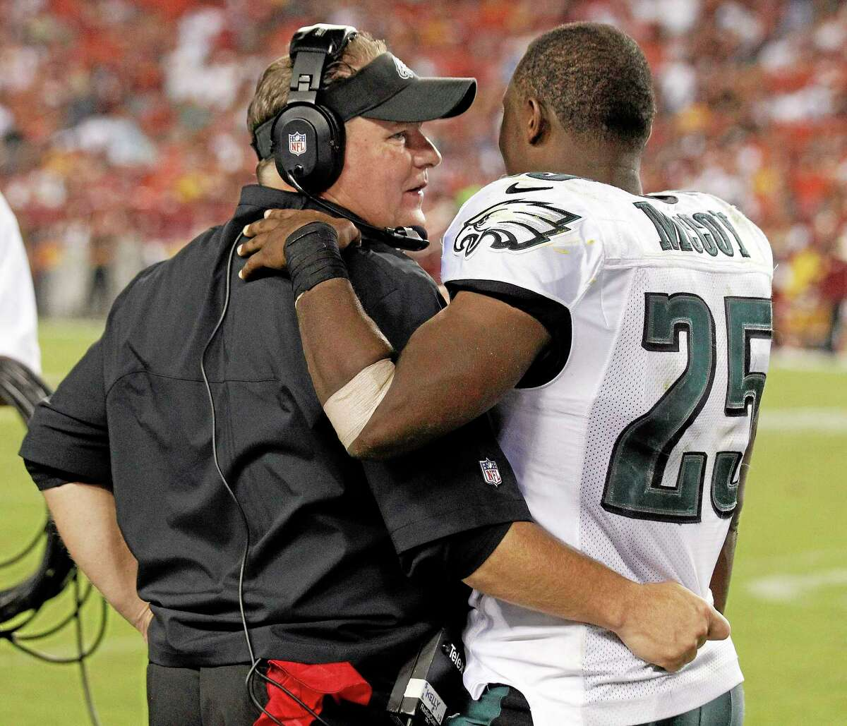 Philadelphia Eagles head coach Chip Kelly talks with running back LeSean McCoy on the sidelines during the second half of Monday's win over the Washington Redskins in Landover, Md.