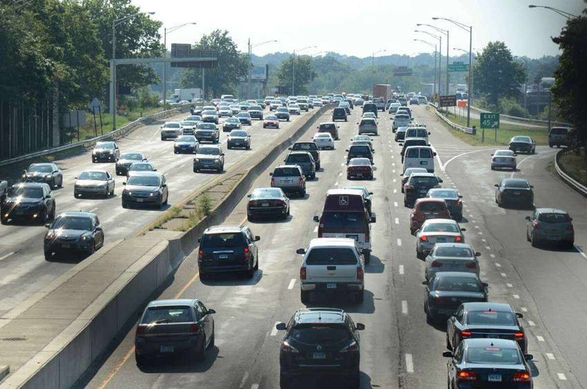 I 95 traffic thickens Friday afternoon as the Labor Day weekend gets underway in serious fashion. vmWilliams 08.31.12