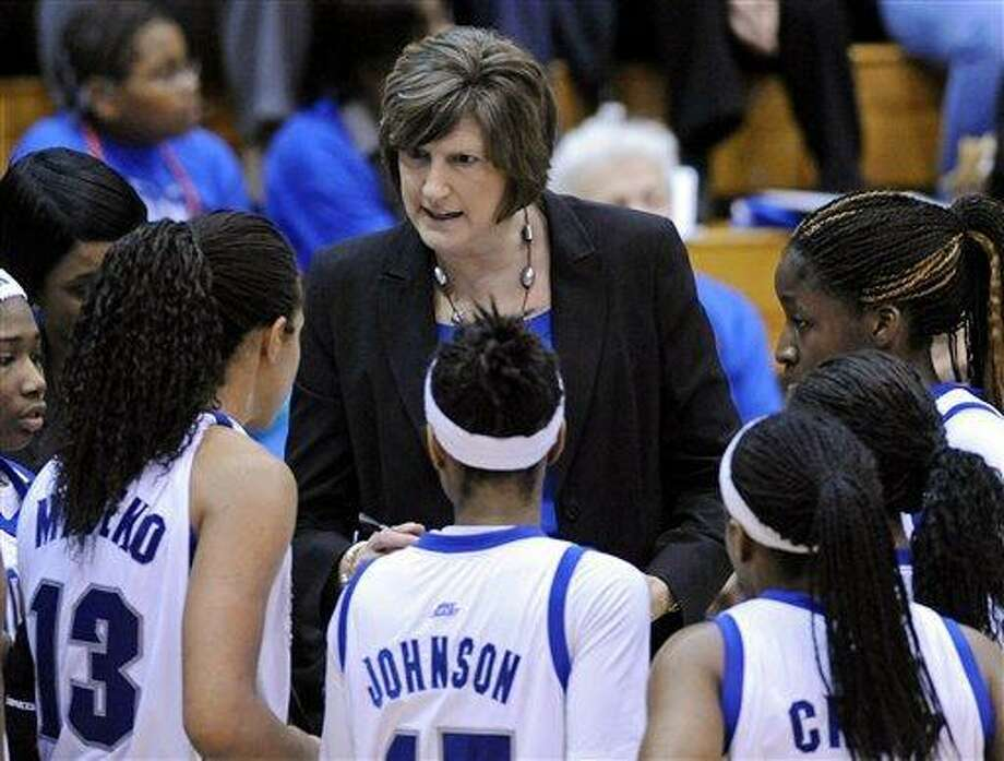 Seton Hall coach Anne Donovan talks to her team during the first half of an NCAA women's college basketball game against Louisville, Monday, Feb. 27, 2012, in South Orange, N.J. Louisville defeated Seton Hall 63-53. (AP Photo/Bill Kostroun) Photo: ASSOCIATED PRESS / AP2012