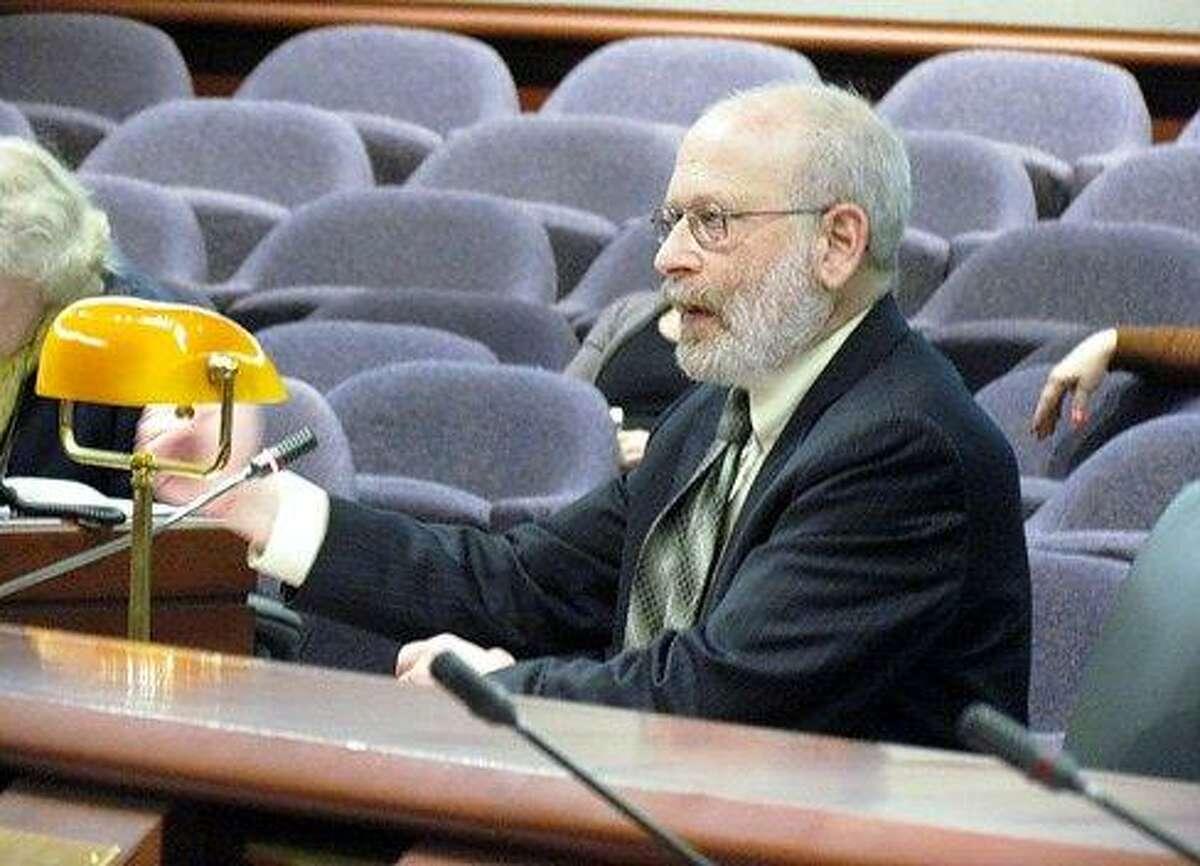 Sheldon Toubman of New Haven Legal Assistance testifies Tuesday. Christine Stuart/CT NewsJunkie