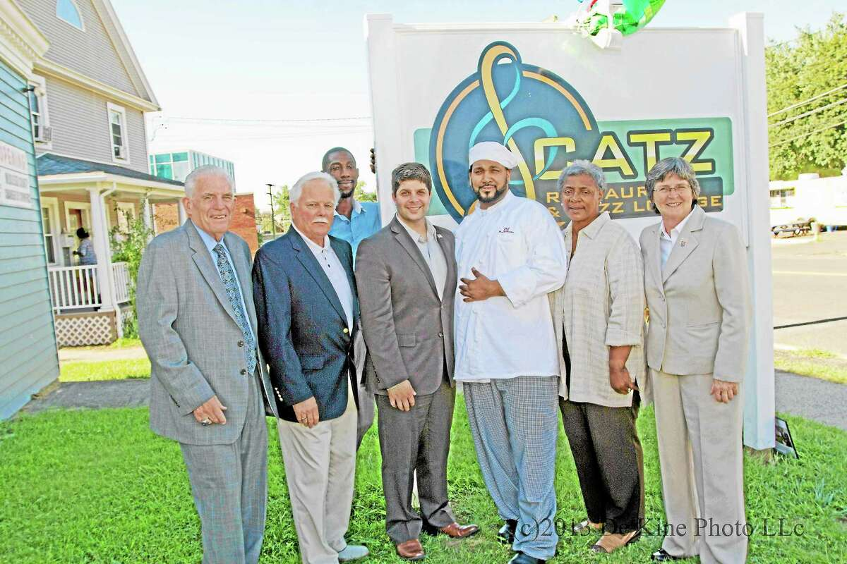 Scatz Restaurant & Jazz Lounge on Main Street Extension in Middletown held a Grand Opening on Wednesday, September 4, 2013. Chamber President Larry McHugh noted,