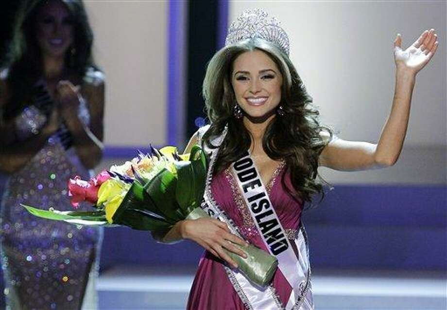 Miss Rhode Island Olivia Culpo waves to the audience after being crowned Miss USA Sunday during the 2012 Miss USA pageant in Las Vegas. Associated Press Photo: ASSOCIATED PRESS / AP2012