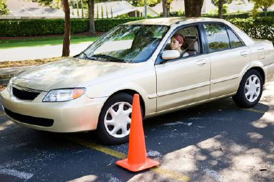 A student practices parallel parking. Photo: Getty Images/iStockphoto / iStockphoto